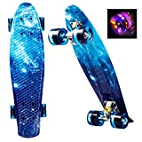 WeSkate Mini Cruiser Skateboard Komplett 55cm Retro Skate Board mit LED Leuchtrollen für Kinder...